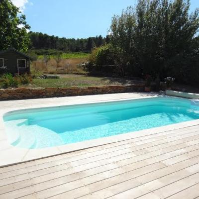 Petit piscine design