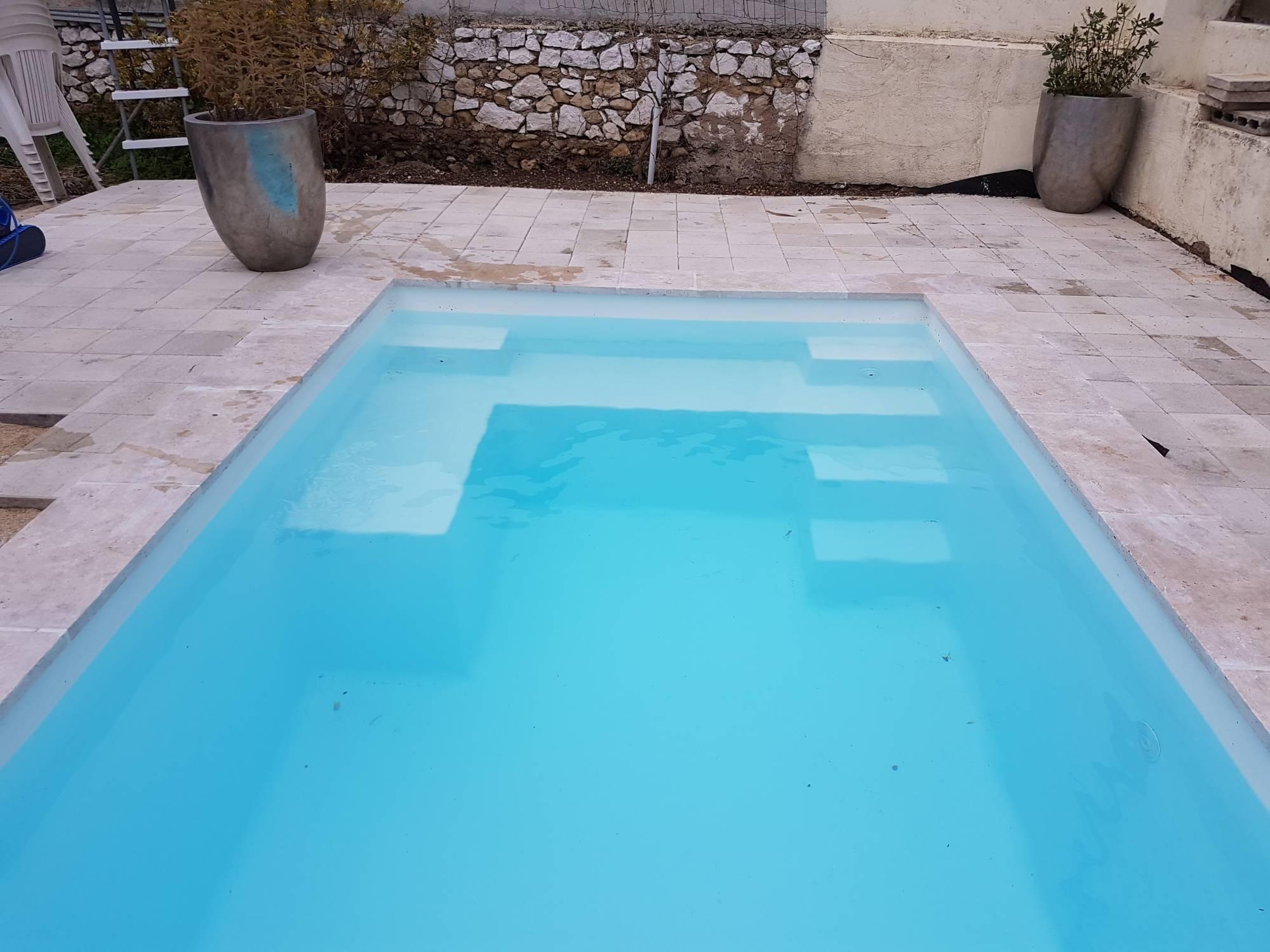 piscine -10 m²