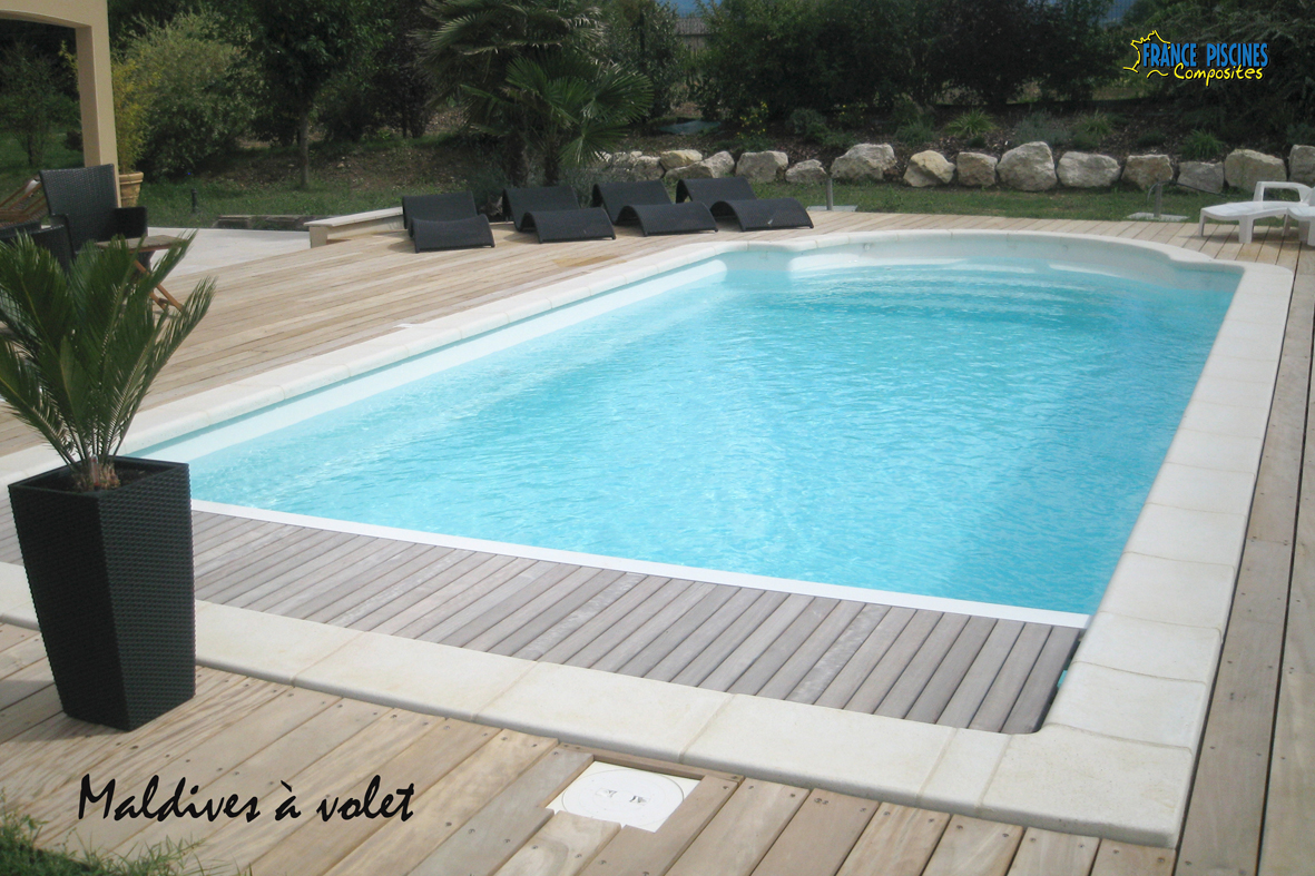 piscine composite haut de gamme. Black Bedroom Furniture Sets. Home Design Ideas