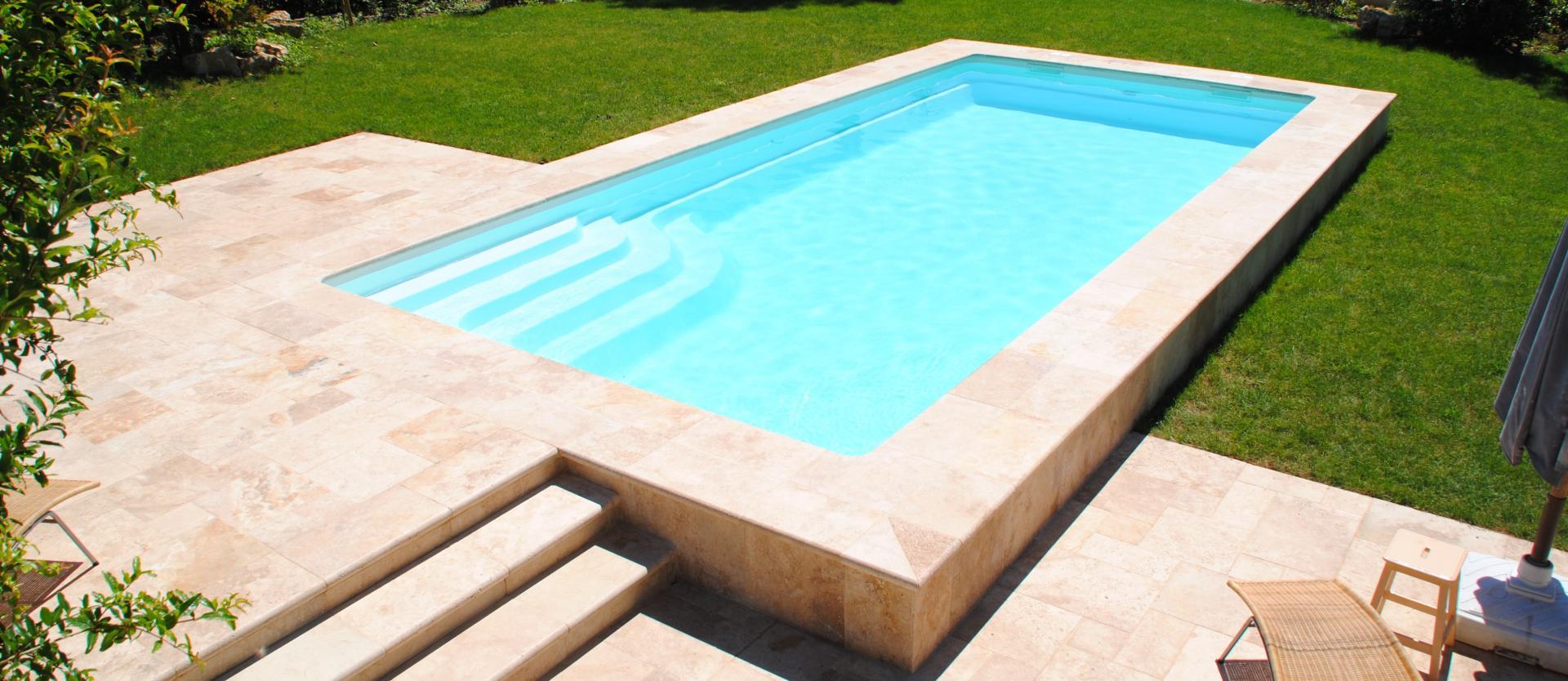 coque piscine 63